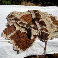 Jupe ou châle, lain mouton, teinture naturelle, métier à clous, crochet